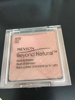 Revlon Beyond Natural bronzer and blush in peach