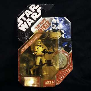 "Hasbro Star Wars TAC 30th Anniversary Collection - Saga Legends - Attack of the Clones CLONE TROOPER OFFICER [Commander] 3.75"" (2007)"