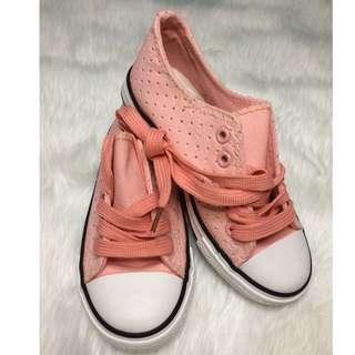 Sugar kidsPeach Sneakers for kids Size USA 13 / EUR 31