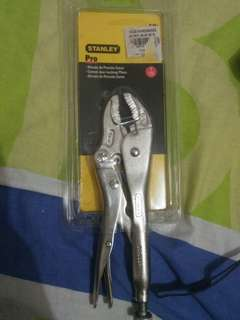 Stanley Curved Jaw Clamping Pliers