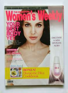 (Preloved) The Singapore Women's Weekly