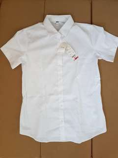 UNIQLO BUTTON DOWN WHITE BLOUSE