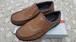 Sepatu Mascotte