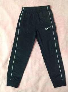 Nike boys sweat pants