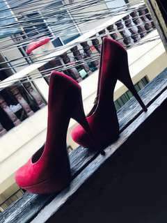 red stilettos