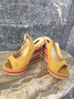 wedges sepatu , wedges second