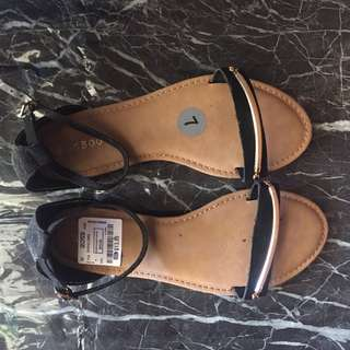 Bamboo sandals from states