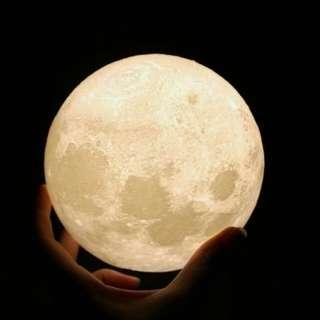 8cm Lunar lamp