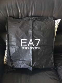 Emporio Armani 索繩袋 全新 包郵