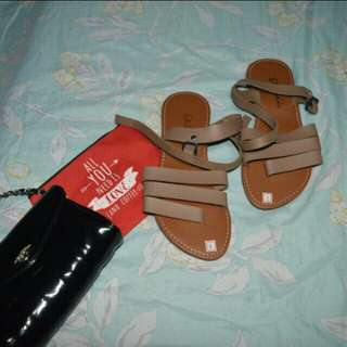 ♥BNEW SLIPPERS