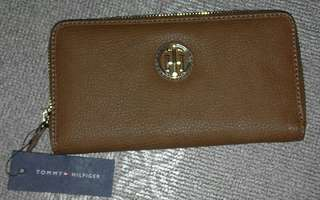 Original Tommy Hilfiger Wallet + Original Victoria's Secret Heavenly