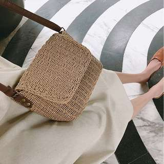 RATTAN / STRAW-WOVEN SLING BAG / SUMMER / BEACH / TRAVEL BAG (PRE-ORDER) 💯 FREE SHIPPING 💯