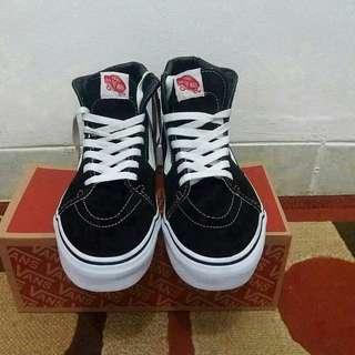 Vans SK8 HI black n white