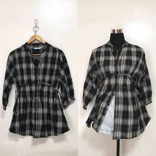 [Preloved] Oversized Plaid Polo Long Sleeves