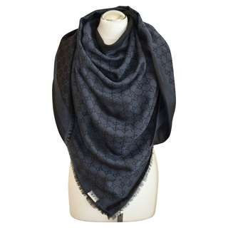 Gucci GG Signature Scarf; Collection Style #: 281942 3G704 4160