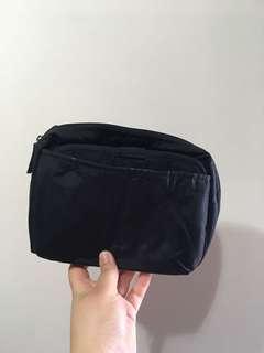 日本化妝袋一套兩件(購自log on)