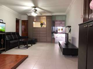Hougang Ave 1 high floor unit