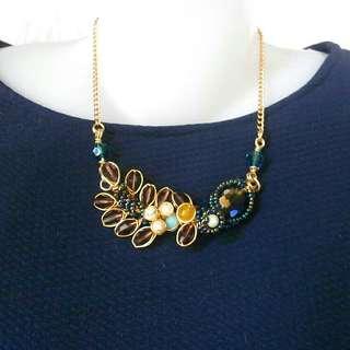 Emmy necklace (2 colors)