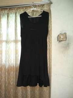 #mausupreme dress hitam pendek