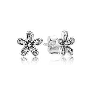 PANDORA 花型耳環 (全新)