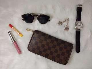 PreL💜ved LV Damiere Ebene Zippy Wallet + SURPRISE GIFT 🎁