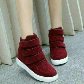Sepatu boots wanita korea maroon