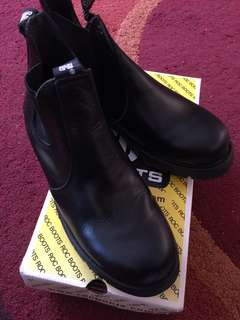 Rocboots brand new leather boots