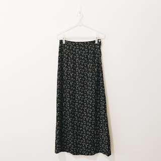 🚚 0526-3 古著 超長長裙 A字窄裙 復古衣著 小花 碎花 花朵 過膝裙 M 號 黑色
