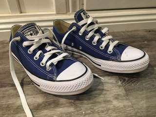 Converse All stars size 8 womens