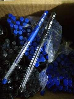 Blue & black gel pen