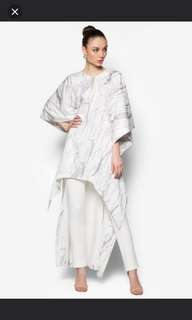 LOOKING FOR Rizalman marble kaftan top