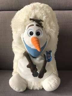 Olaf plushie converts to ball