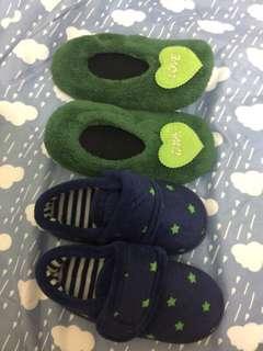 寶寶室內鞋1送1 近新