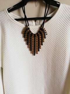 NECKLACE FOR CORPORATE EVENTS, OFFICE OR CASUAL