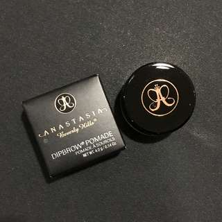 ANASTASIA Dipbrow Pomade in Soft Brown