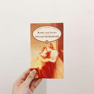 🚚 0526-6 莎士比亞 小說 羅密歐與茱麗葉 愛情小說 劇本 文庫本 英文書 原文書 黃色
