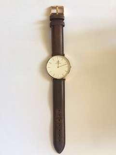 Daniel Wellington DW 啡皮皮錶 女錶