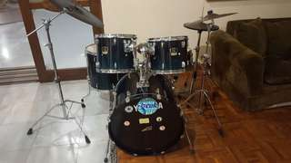 Yamaha Stage Custom 5 Piece Drum