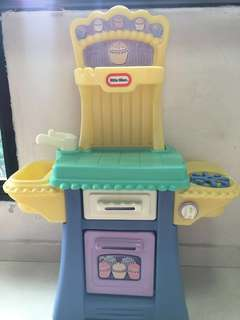 Little Tikes Cooking Station