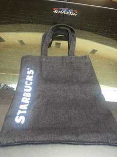 #mausupreme slempang starbucks