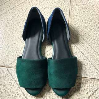 Global work shoes flat sandals