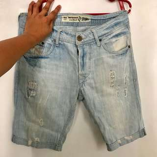 Terranova light wash ripped denim shorts
