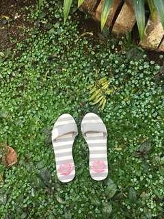 Zandilac Sandal Size 38 SALE untuk pengiriman hari ini