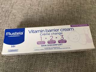 Mustela Vitamin barrier Cream/diaper cream