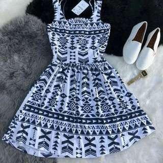 ZARA DRESS 👗💋  🌻700.00+sf  Size: S/M/L/XL  📌️ Fast moving items