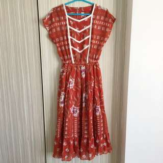 1970s Japanese Vintage Dress In Floral Print (red)