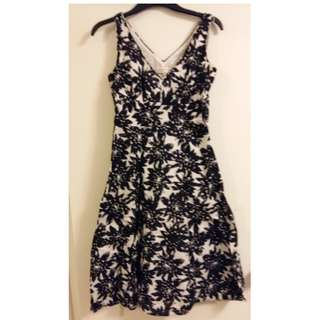 JONES New York Sport black and white dress knee length - size 4