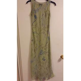 Light green summery dress - size S