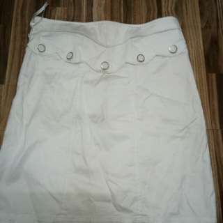 White Skirt w/ Scallop Design