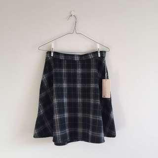 BNWT Tartan Skirt ⛅️